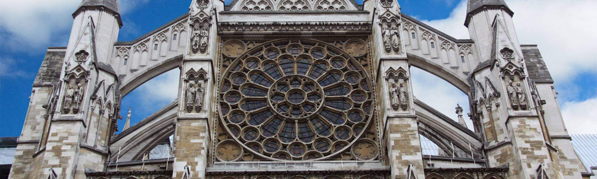 Little Bird Visit Westminster Abbey - Explore Over A Thousand Years of History!