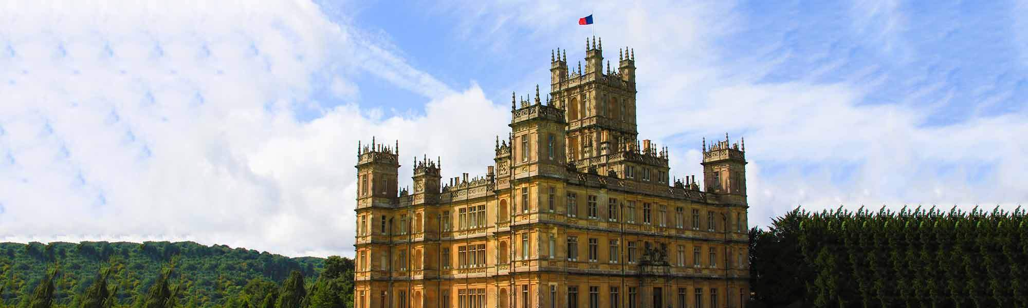 Little Bird Downton Abbey Tour & Lunch - Step behind the Scenes and Join the Aristocracy, 47% off